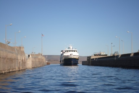 Going through a lock on the Columbia River, Oregon